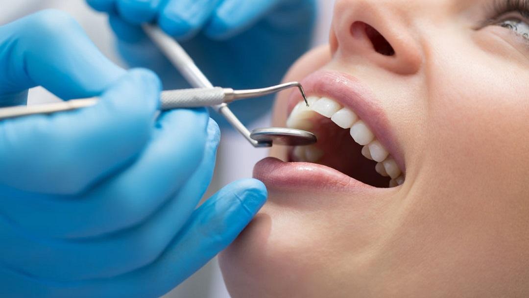 نرم افزار دندان پزشکی